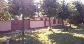 Дом в пригороде Кикинда