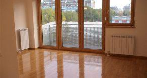 Отличная квартира в Новом Белграде