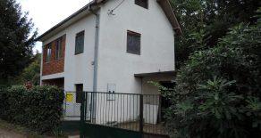 Дом в Гроцка, в 100 м от Дуная