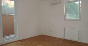 1,5 комнатная квартира 42 м2 в Калуджерица (Белград)