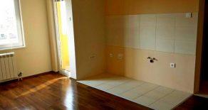 1,5 комнатная квартира 45м2 в центре Панчево