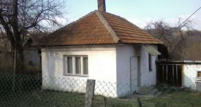 Дом 35м2 с участком 5 соток в селе Винча (Топола)